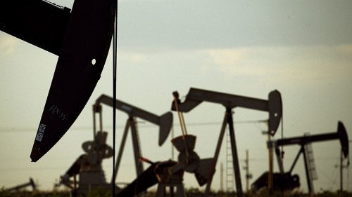 Occidental bids for Anadarko, seeking to derail Chevron's deal