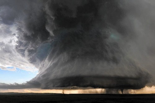 Photo of twin tornadoes was storm chaser's 'unicorn' shot