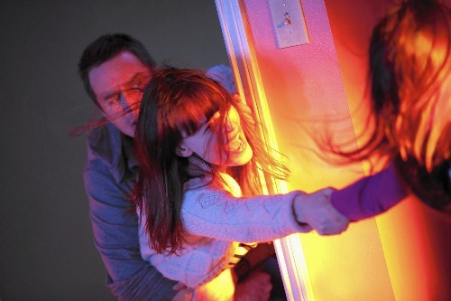 'Poltergeist' remake haunted by its original version