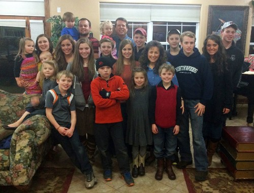 '19 Kids and Counting' controversy: Duggar parents to speak on Fox News - Los Angeles Times