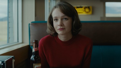 Carey Mulligan gives a career-best performance in sharp marital drama 'Wildlife' - Los Angeles Times
