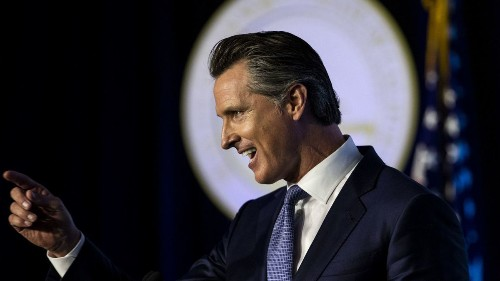 Gov. Gavin Newsom's Facebook ads in swing states stir 2020 speculation - Los Angeles Times