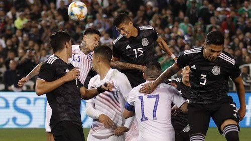 El Tri makes fans feel good in 3-1 friendly win over nemesis Chile