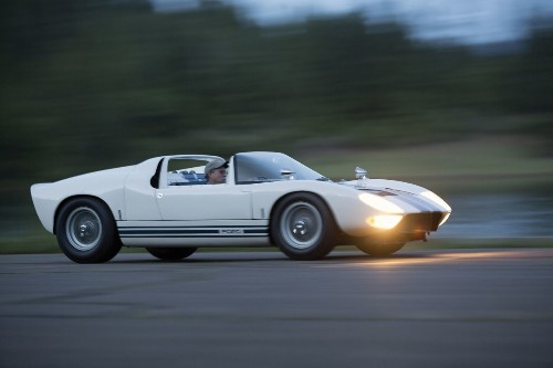 2014 Pebble Beach: Ford GT40 concept car sells for $6.9 million