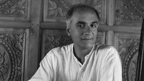 Review: Pico Iyer's 'Autumn Light' muses on mortality and the courage to carry on