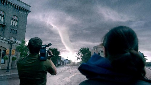 'Into the Storm' is a howling visual-effects success