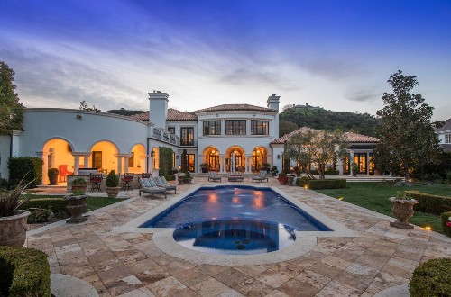 Guess co-founder Armand Marciano lists fashionable villa in Lake Sherwood