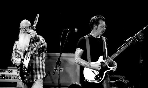 Eagles of Death Metal band members said to be safe after deadly Paris attacks - Los Angeles Times
