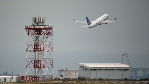 A fuel fee can reduce airline emissions — but it likely will mean higher airfares, study says
