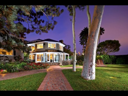 Home of the Week: Hamptons-inspired estate in Newport Beach
