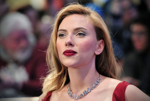 Anthony Lane criticized for 'creepy' Scarlett Johansson profile