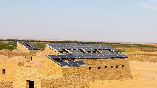 The world's largest solar farm rises in the remote Egyptian desert - Los Angeles Times