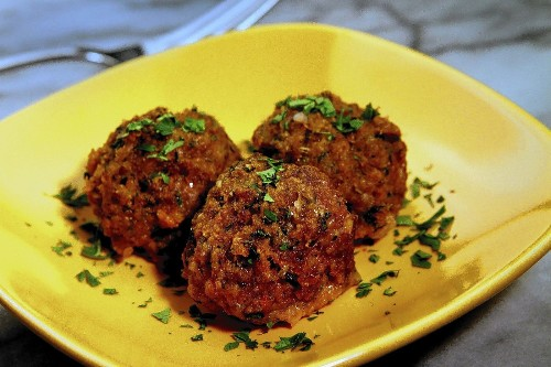 Easy dinner recipes: Meatballs three ways in an hour or less - Los Angeles Times
