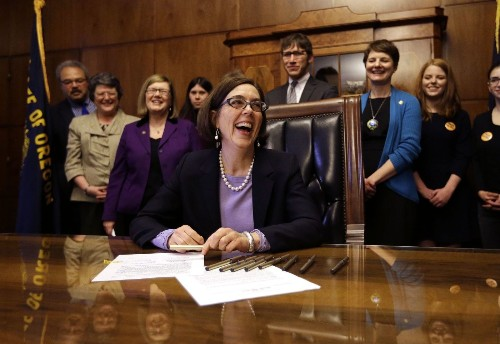 Under new Oregon law, all eligible voters are registered unless they opt out - Los Angeles Times