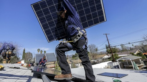 Starting in 2020, all new homes must come with solar panels. Builders are getting ready. - Los Angeles Times