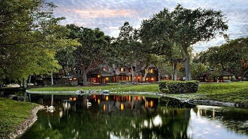 Former Neverland ranch for sale at $100 million - Los Angeles Times