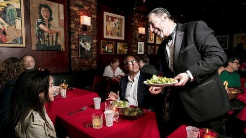 Review: Sinatra hangout Dear John's is going out in style