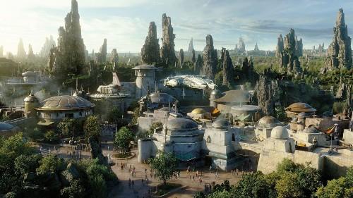 Disney won't push VR at its theme parks, CEO Robert Iger says
