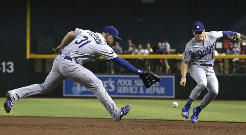 Dodgers' grand Joc Pederson experiment at first base gets worse every day