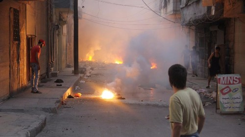 Incendiary weapons that violate international law are being used in the Syrian war, report says