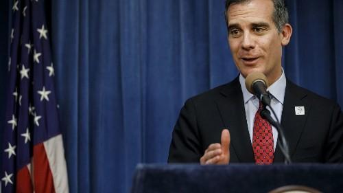 Shouting down Mayor Garcetti isn't 'speaking truth to power' - Los Angeles Times