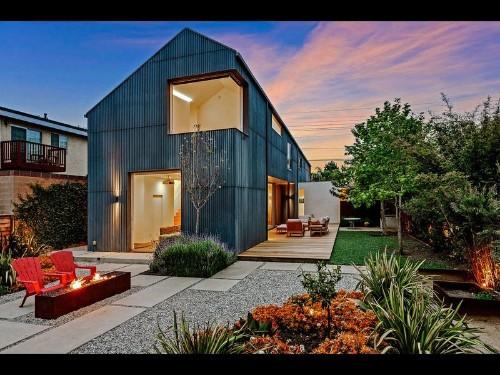 Home of the Week: Modern Torrance home finds balance between light and dark