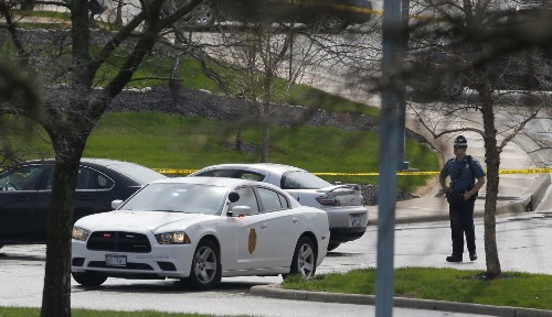 Suspected white supremacist held in Kansas Jewish center shootings