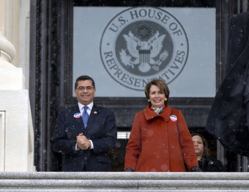 House Democrats try to force a vote on immigration reform - Los Angeles Times