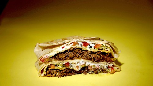 What's for dinner? Try a homemade Taco Bell Crunchwrap Supreme tonight - Los Angeles Times