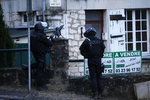 U.S. investigating depth of Al Qaeda group's ties to attack in France