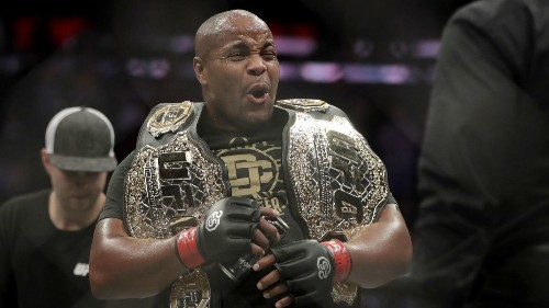 MMA rankings: Daniel Cormier solidifies his spot atop the heavyweight division - Los Angeles Times