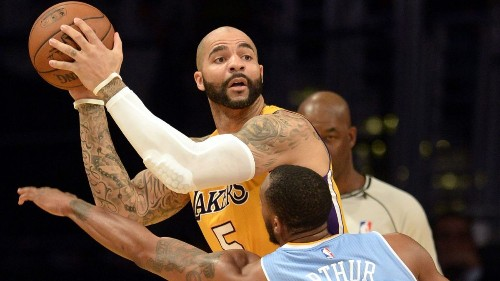 Lakers' Byron Scott: Carlos Boozer shouldn't take benching personally