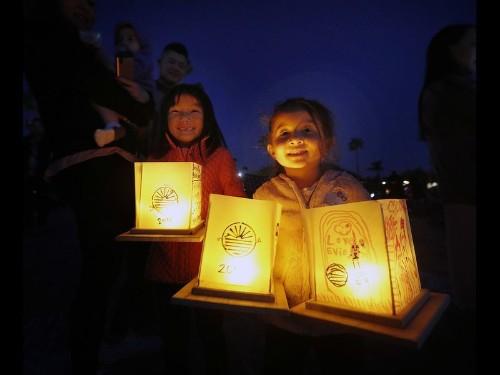 Floating lanterns set the bay aglow at Newport Dunes