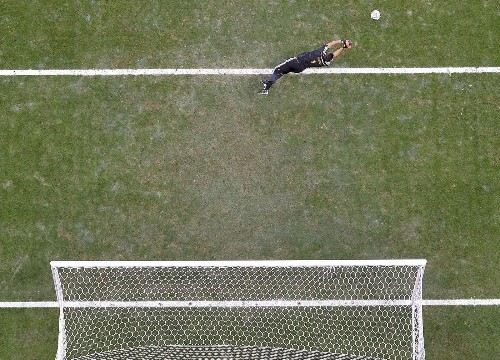 Argentina edges Belgium, 1-0, to win World Cup quarterfinal
