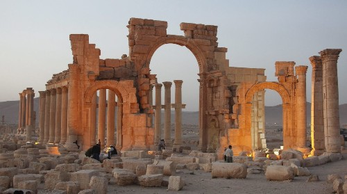 Islamic State doesn't destroy all antiquities -- it saves some to sell on the black market