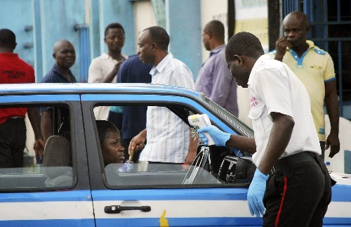 Ebola spreads in Nigeria; toll from West African outbreak tops 1,900 - Los Angeles Times