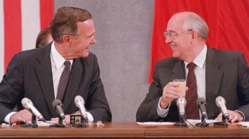 Europe remains at peace long after the Cold War. We have George H.W. Bush to thank - Los Angeles Times