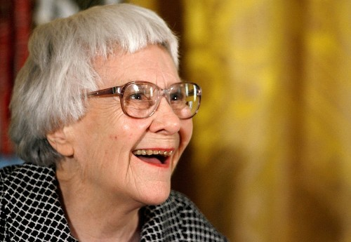 Harper Lee, author of classic novel 'To Kill a Mockingbird,' dies at 89 - Los Angeles Times