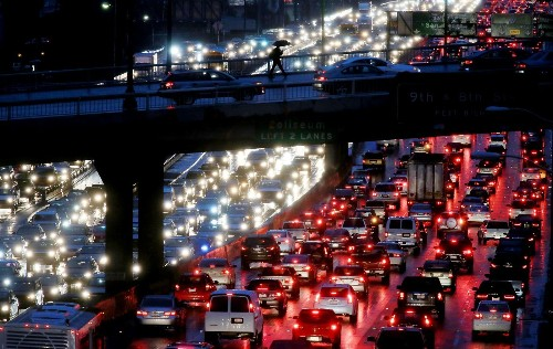 No surprise here: Los Angeles is the world's most traffic-clogged city, study finds - Los Angeles Times