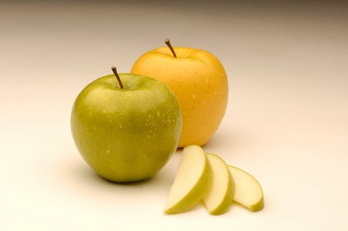 FDA approves genetically modified apples and potatoes for consumption