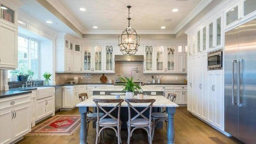 Haylie Duff wraps up a home sale in Studio City