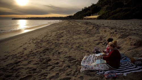 Sean Parker built Napster and helped lead Facebook. Now he'll guide you to the beach - Los Angeles Times