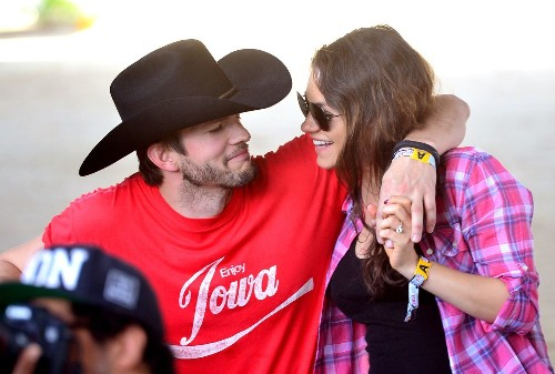 Reports: Mila Kunis, Ashton Kutcher welcome first child, a baby girl