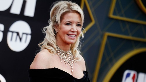 Jeanie Buss is ready to move past the drama and make the Lakers winners again