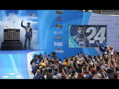 Toyota makes a big splash at Daytona 500 - Los Angeles Times
