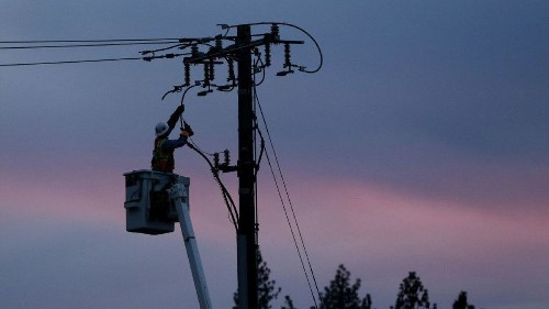 Utilities in fire-weary California strategize for the long, hot summer