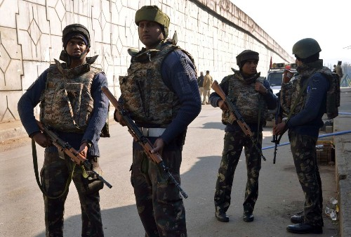 Deadly attack on Indian air base is blamed on Pakistani militants, clouding peace talks