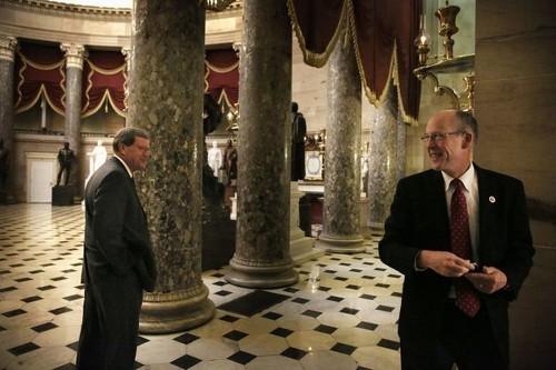 New talks underway to end government shutdown, lift debt ceiling