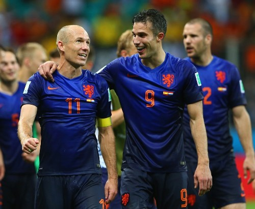 World Cup: Netherlands embarrasses defending champion Spain, 5-1 - Los Angeles Times
