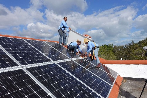 Renewable energy investment heats up worldwide - Los Angeles Times